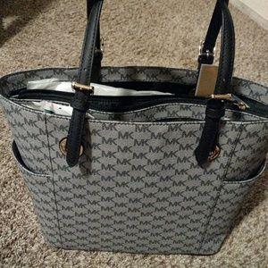 Michael kors tote handbag New